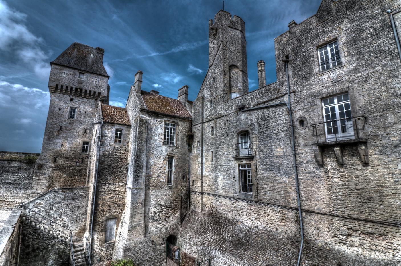 Chateau-Creully
